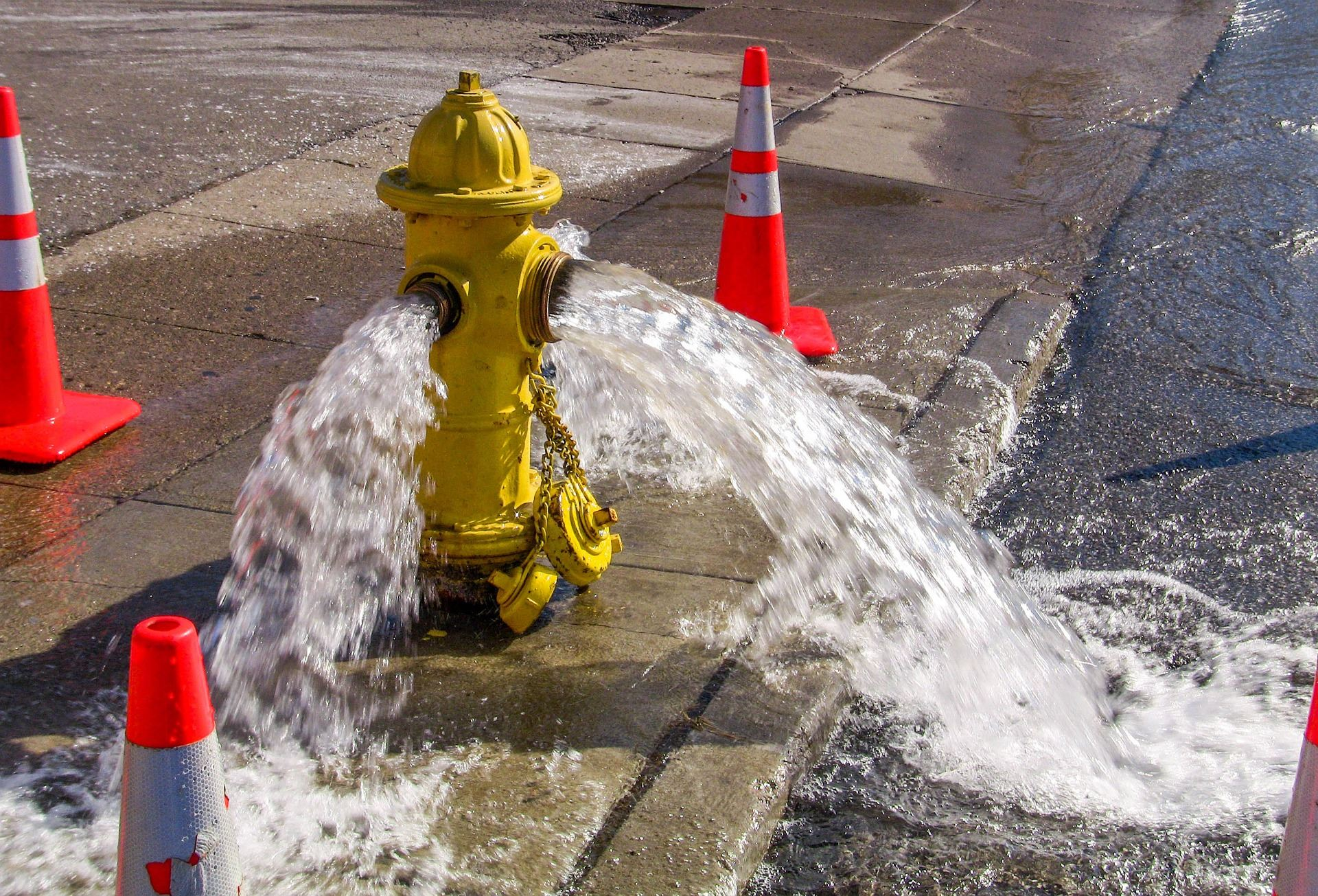fire hydrant spraying